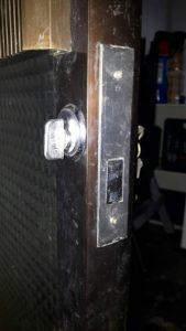 高雄換鋁門鎖